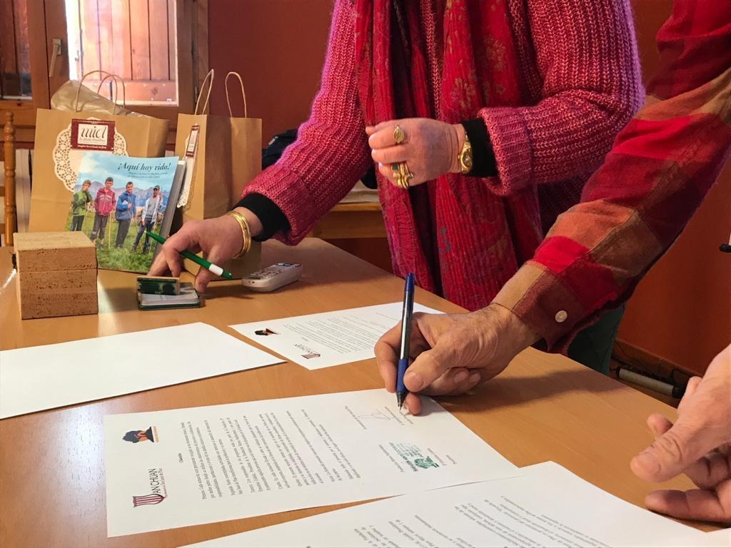La Escuela de Pastores de San Juan de Plan firma un convenio con Monte Mediterráneo
